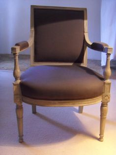 Pair of #armchairs in #rechampi #wood blue grey, square backrests, armrests balusters, fluted uprights. #Directoire, #18th century. For sale on Proantic by Véronique Brones Antiquités.