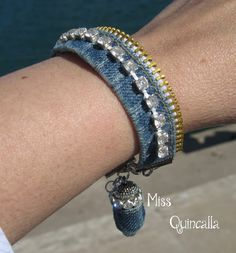 Recycled Jeans Zipper & Rhinestones Denim Cuff Bracelet - Miss Quincalla… Denim Bracelet, Zipper Bracelet, Zipper Jewelry, Fabric Bracelets, Fabric Jewelry, Leather Jewelry, Cuff Bracelets, Zipper Crafts, Denim Crafts