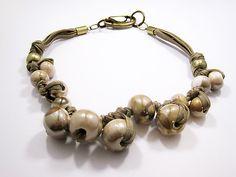 Zandstorm: Speelse ketting met keramiekkralen (Juwelen,halsketting)