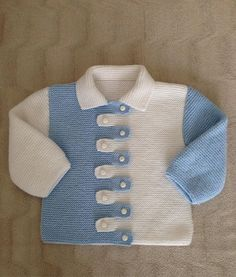 Knitting a baby sweater is theThis Pin was discovered by Mab Baby Boy Knitting Patterns, Knitting For Kids, Knitting Designs, Baby Patterns, Knit Patterns, Hand Knitting, Toddler Sweater, Knit Baby Sweaters, Cardigan Bebe