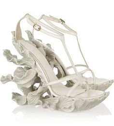 Alexander McQueen Spring 2011 white sculpted resin and leather leaf wedges