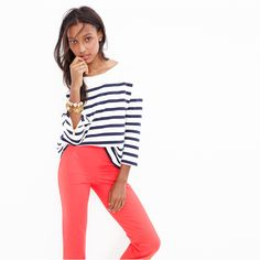 Crew Looks We Love: women's striped ponte sweatshirt, Martie pant in bi-stretch cotton, classic crystal bracelet and Zinnia crystal bracelet. Preppy Girl, Preppy Style, My Style, Basic Outfits, Casual Outfits, Red Pants, Color Pants, J Crew Style, Passion For Fashion