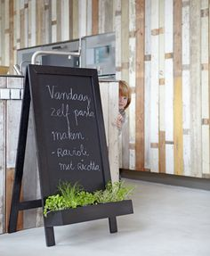 Stel zelf een weekmenu samen en ontwerp een origineel menubord voor je keuken!