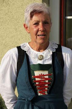 Alpbacher Tracht