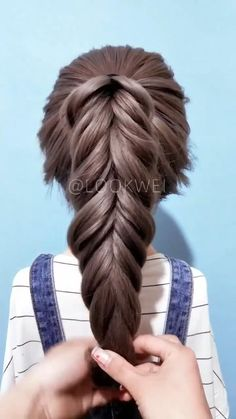 Hairdo For Long Hair, Bun Hairstyles For Long Hair, Braided Hairstyles, Step Hairstyle, Hairstyle Tutorials, Beach Hairstyles, Baby Girl Hairstyles, Hairstyles Videos, Wavy Hair