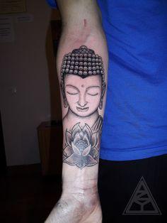 ⚓-STAY WILD TATTOO-⚓: Buddha + Flor de loto. primera sesion de un brazo ...