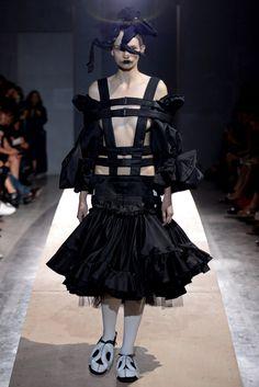 Comme des Garçons Spring 2014 Ready-to-Wear Collection Photos - Vogue