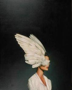 Amy Judd - Art - Peinture - Portrait - Animaux - Girls and birds Art Du Monde, Art Photography, Fashion Photography, Feather Photography, Dreamy Photography, Surrealism Photography, Foto Fashion, Woman Fashion, Trendy Fashion