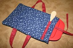Fabric Casserole Carriers and a Tutorial -make for nancy for sure, maybe make for momma, and give w/dish too.