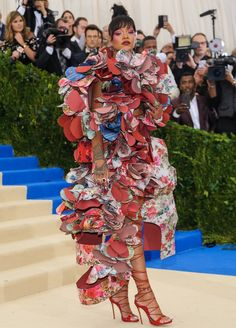 Rihanna turning heads in a Comme des Garçons Fall 2016 dress at the 2017 Met Gala in New York City on May 1, 2017