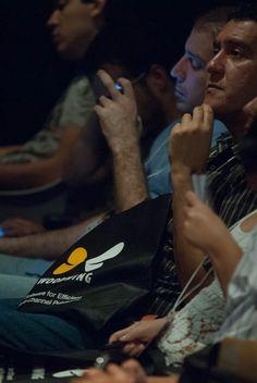 Plateia assiste à abertura da WoodWing Next Wave Tour 2012 - São Paulo, por Antonio Lapa, Diretor da EPYX Soluções Editoriais. Foto: Guido Peters.