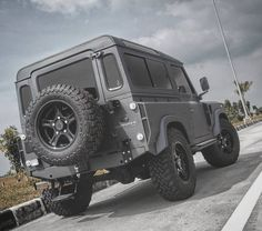 """2,702 Likes, 5 Comments - @landroverphotoalbum on Instagram: """"1997 Land Rover Defender 300Tdi Kustomwerk. Rebuild with a passion and taste. By @h2obodywork…"""""""