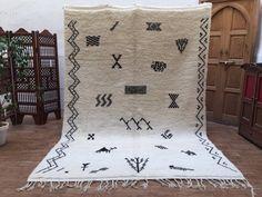 Amazing BENIOURAIN 6'8x9'6 Authentic Moroccan by Beniouraincarpets
