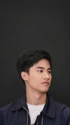 Hot Asian Men, Cute Asian Guys, Asian Boys, Sweet Boyfriend, Boyfriend Photos, Handsome Faces, Handsome Boys, Breathe, Boys Before Flowers