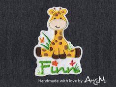 Aufnäher - Aufnäher Giraffe mit Namen ♥ Applikation Giraffe - ein Designerstück von AnCaNi bei DaWanda