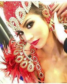 Mariana Jimenez Miss Venezuela Universo 2014. En el Miss Universe, Las Vegas. Preliminar. Traje típico: Cardenal del Edo. Lara