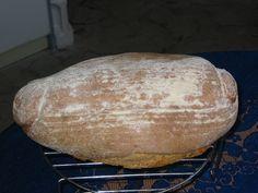 Program klasik. Chleba upečeme v domácí pekárně nebo dáme jen na program těsto, přendáme do ošatky, necháme ještě asi 1 hodinu kynout a upečeme v...