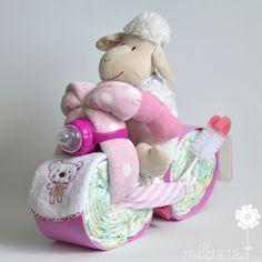 Con esta moto de pañales sorprenderás a los papis haciéndole un regalo muy muy práctico http://mibbtarta.es/producto/moto-de-panales/ #motodepañales #tartapañalesmoto #regalobebe #regalosoriginales #canastilla #tartasdepañales #babyshower #canastillas #tartadepañales