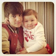 The teen sensation did a pretty, well, sensational thing on Monday when he made the dream of a six-year-old girl battling cancer come true. Soon after an online campaign began with the hope that little Avalanna Routh might get to meet her idol, Bieber graciously agreed to fly Avalanna & her family from their home in Massachusetts to visit him in New York City.