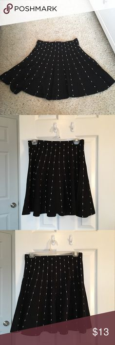 Candie's Black and White Circle Skirt Worn twice. Brand new condition. Made with thicker material. Candie's Skirts Circle & Skater