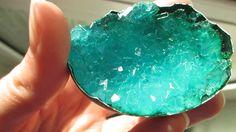 photo crystal-geode-egg-DIY-4_zpsbd2baf08.gif