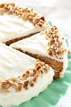 This is my favorite recipe for homemade carrot cake! This cake is so easy to make, perfectly moist, and topped with an easy homemade cream cheese frosting. Homemade Carrot Cake, Easy Carrot Cake, Moist Carrot Cakes, Homemade Cakes, Carrot Loaf, Frosting Recipes, Cake Recipes, Dessert Recipes, Food Cakes