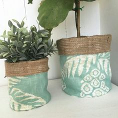 Pineapples. Mint. Linen. Foliage. The perfect combination for spring in this pot plant bag!
