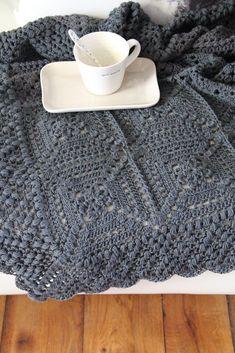 Beautiful Blanket Crochet pattern by Maaike van Koert - Granny Square Crochet Chart, Crochet Blanket Patterns, Crochet Hooks, Crochet Projects, Sewing Projects, Simply Crochet, Manta Crochet, Crochet Magazine, Red Heart Yarn