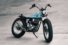 Only in Indonesia would someone graft the old-school Japanese street chopper look onto a Yamaha Scorpio Z commuter bike. Yamaha Cafe Racer, Cafe Racer Build, Cafe Racers, Yamaha Sr400, Bobber Custom, Custom Bikes, Street Tracker, Cool Motorcycles, Vintage Motorcycles