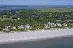 Current 2017 Amelia Island real estate - All homes & condos for sale in MLS. Search by neighborhood or condo. Top Watson Realty agents Gary & Fran Farnsworth.