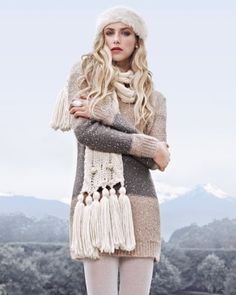 Forever New Theola Cable knit scarf looks cosy Preppy Mode, Preppy Style, Style Me, Winter Wear, Autumn Winter Fashion, Cosy Outfit, Little Bit, Winter Stil, Cold Weather Fashion