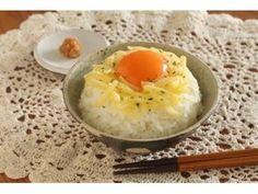 3分で朝ごはん 味噌チーズ卵かけごはん