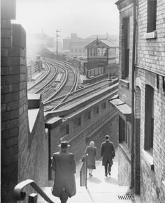 Middle Hill 1960 Nottingham Station, Nottingham City Centre, Nottingham Castle, Nottingham Lace, Steam Railway, Train Pictures, British Rail, Old Trains, Train Tracks