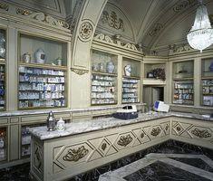 Un viaggio fra le erbe aromatiche e medicinali: le farmacie storiche di Firenze