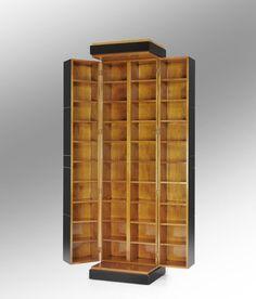 eleganter barschrank aus massiver ital wildkirsche schwarz gebeizt aufklappbare platte http. Black Bedroom Furniture Sets. Home Design Ideas