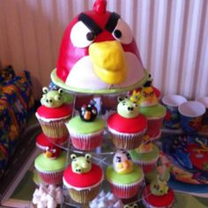 Cadyn wants me to try to do this so bad for his bday. LOL. Cool Angry birds cake