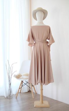 Beige Bridesmaids, Flowy Bridesmaid Dresses, Modest Dresses, Casual Dresses, Fashion Dresses, Wedding Dresses, Taupe Dress, Beige Dresses, Clothes Mannequin