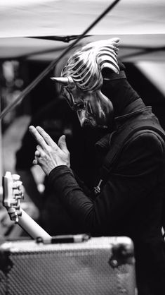 Emo Bands, Music Bands, Rock Bands, Band Ghost, Ghost Bc, Ghost Banda, Ghost And Ghouls, Wallpaper Aesthetic, Band Pictures