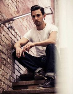Milo Ventimiglia as peter petrelli