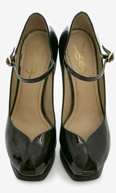 2482ba56b Yves Saint Laurent Black Pump