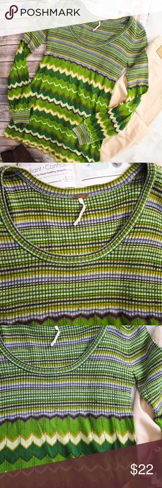 """Free People Green Chevron Striped Sweater Tunic Great condition. Has a few pulls on one side of the chest area. See pictures for more information.  Brand:  Free People Size: XS Material: 57% acrylic, 28% wool, 5% spandex Measurements: Bust """"32 """", Length """"30 """"  **Feel free to message me asking any questions.  * All items are measured laying flat then doubled  * Comes from a smoke-free home  * ALL items are in great condition, NWOT, or NWT. Free People Sweaters"""