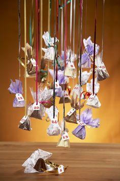 Napjaté čekání na dárky od Ježíška bývá pro děti nekonečné. Usnadněte jim ho alespoň trošku malými každodenními sladkostmi z domácího kalendáře. Advent, Diy And Crafts, Christmas, Xmas, Navidad, Noel, Natal, Kerst
