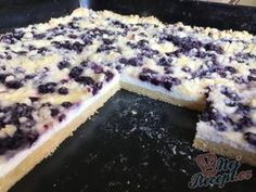 Simple cake with cottage cheese, blueberries and sprinkles - Blechkuchen Rezept Sweet Recipes, Cake Recipes, Czech Recipes, Tasty, Yummy Food, Blueberry Cake, Sweet Cakes, Healthy Baking, Bakery