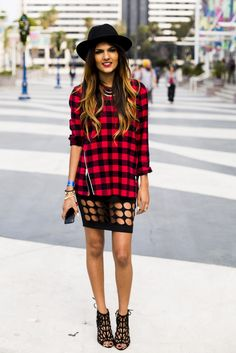 Agenda Show-street-style| cut out skirt & zip up plaid