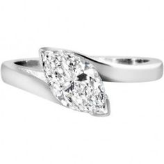 Marquise cut diamond ring in 18ct white gold