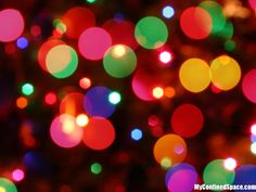Nothing I love more than some Christmas lights and some blurry lenses.