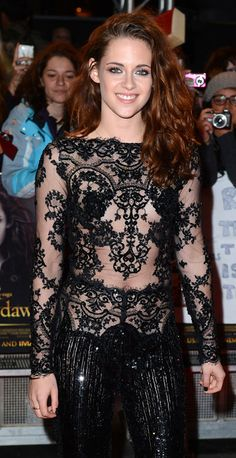 Kristen stewart actually has a smile! Could it be because Twilight is finally over? Hollywood Celebrities, Hollywood Actresses, Female Celebrities, See Through Dress, Brunette Beauty, Beautiful Smile, Kristen Stewart, Demi Lovato, Woman Crush