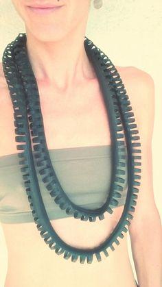 Bike Inner Tube Necklace Handmade Vegan Necklace door MorganaCrea