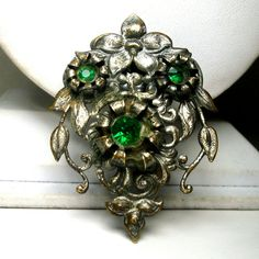 Funky Emerald Green Rhinestone Flowered by VintageStarrBeads