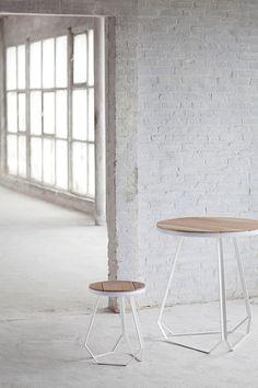 Studio Simple kruk en tafel - Serax , gezien in Design Museum Gent